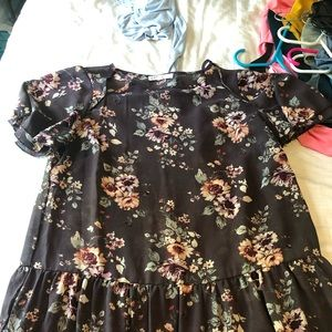 Like new purple blouse great for work or church